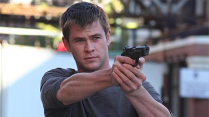 Chris Hemsworth se fait offrir 10 millions $ pour jouer dans American Assassin