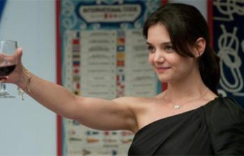 Katie Holmes dans la comédie romantique Responsible Adults