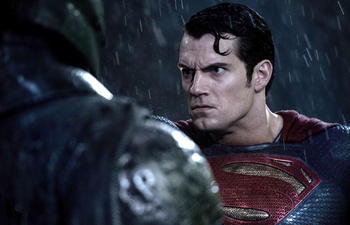 Box-office québécois : Batman vs Superman : L'aube de la justice triomphe encore