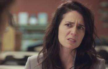 Dérive : Une bande-annonce déchirante sur une pièce de Charlotte Cardin