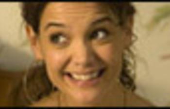Katie Holmes remplacera Liv Tyler