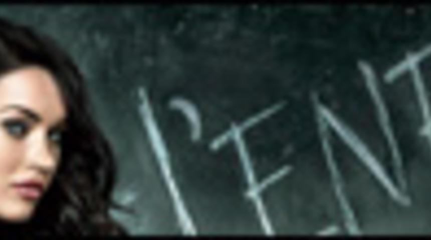 Primeur : Affiche en français du suspense d'épouvante Le corps de Jennifer