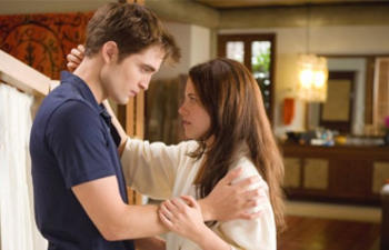Box-office nord-américain : The Twilight Saga: Breaking Dawn - Part 1 dépasse de loin Happy Feet Two