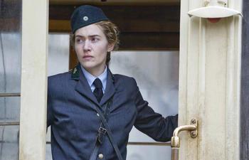 Kate Winslet incarnera la célèbre photographe et mannequin Lee Miller